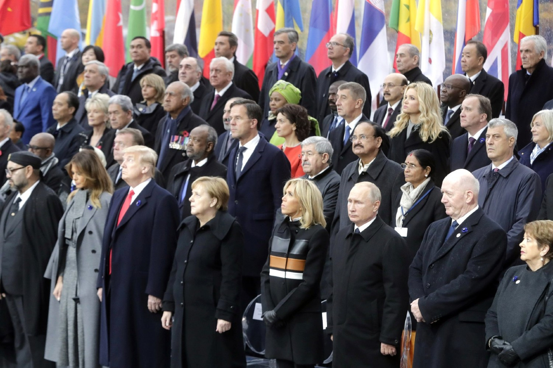 Američki predsednik Donald Tramp, nemačka kancelarka Angela Merkel, ruski predsednik Vladimir Putin i ostali lideri tokom obeležavanja stogodišnjice Dana primirja u Prvom svetskom ratu, Pariz, 11. novembar 2018. (Foto: kremlin.ru)
