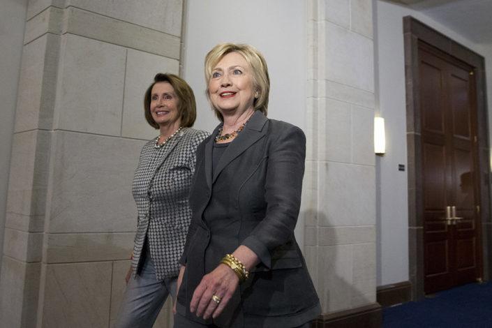 Pelosi i Klinton: Tramp podsticao upad na Kapitol po nalogu Putina