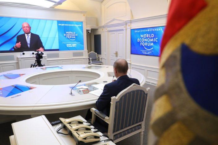 Putin: Internet giganti pokušavaju da kontrolišu društvo, gde je granica?