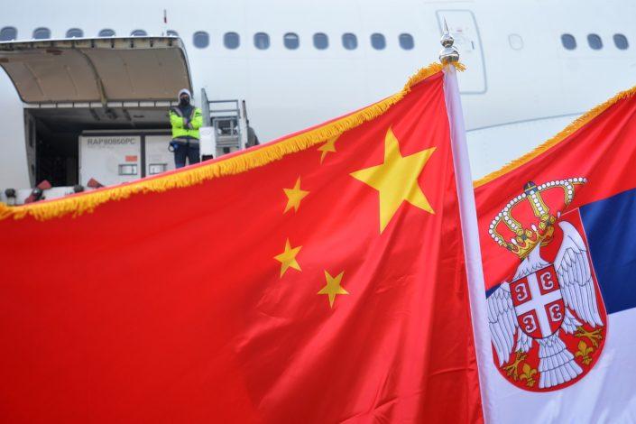 Nemački mediji o kineskim vakcinama: Srbija igra trostruku igru