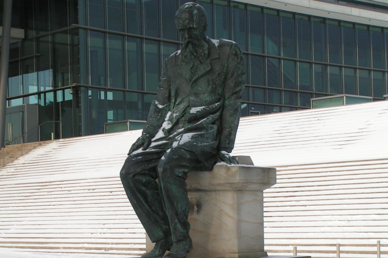 Spomenik Fjodoru Dostojevskom u Drezdenu (Nemačka) (Foto: Wikipedia/Corradox, CC BY-SA 3.0)