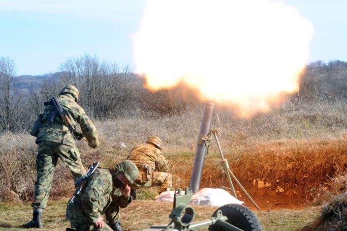 """Glas Amerike: Zašto je Srbija iznenada """"duplirala"""" vojni budžet?"""