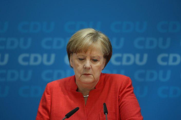 B. Lađevac: Strah od promaje ili ko posle Angele Merkel