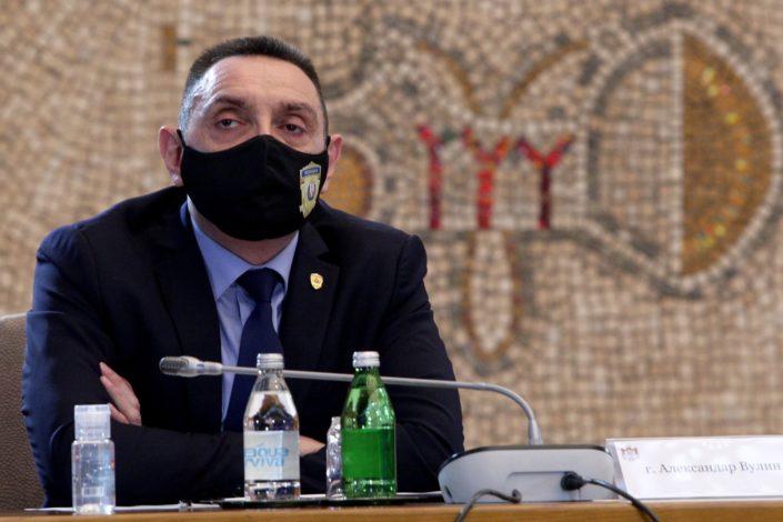 Vulin: Udžbenike istorije treba da piše Srbija, a ne druge države