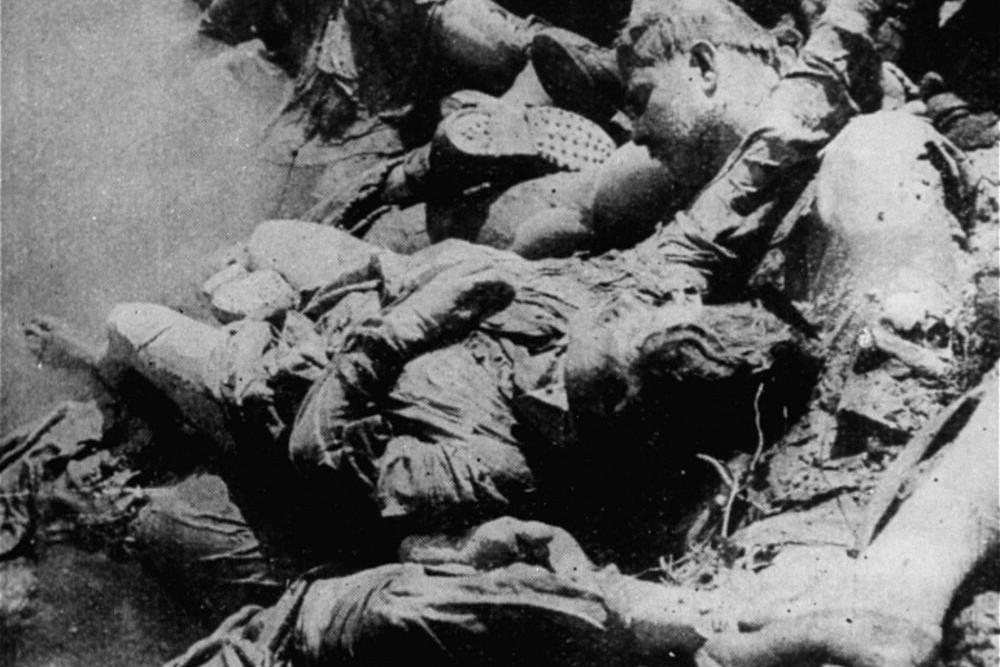 Leševi žrtava logora smrti Jasenovac u reci Savi, 1945. (Foto: Wikimedia/United States Holocaust Memorial Museum, courtesy of Muzej Revolucije Narodnosti Jugoslavije)