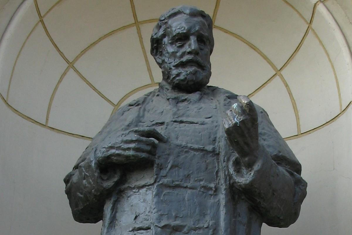 Statua Ante Starčevića na trgu koji nosi njegovo ime u Zagrebu (Foto: Wikimedia/SpeedyGonsales, CC BY-SA 3.0)
