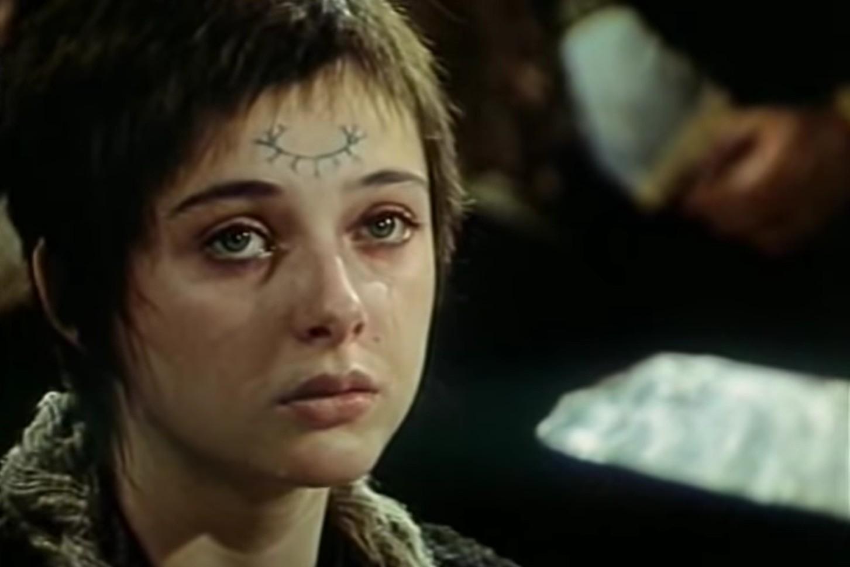 """Sanja Vejnović kao Anđa u filmu """"Banović Strahinja"""" (Foto: Snimak ekrana/Jutjub/ Relax Tv)"""