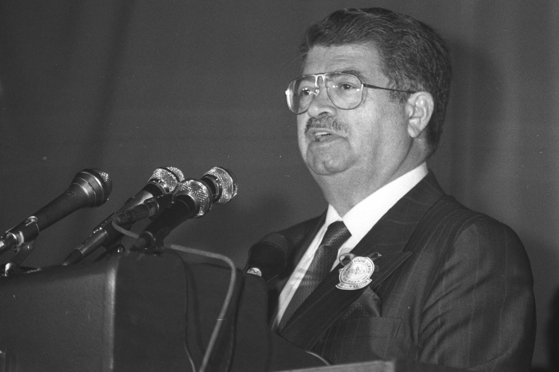 Bivši predsednik Turske Turgut Ozral tokom jednog govora 15. januara 1990. (Foto: Caner Gören/Anadolu Ajansı)
