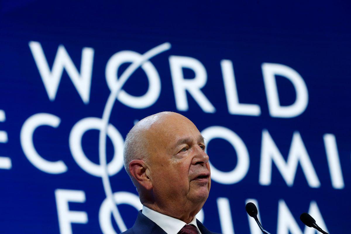 Osnivač i izvršni direktor Svetskog ekonomskog foruma Klaus Švab tokom govora na godišnjem samitu u Davosu, 23. januar 2020. (Foto: Reuters/Denis Balibouse)