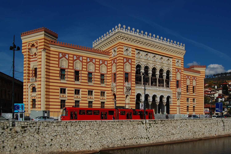 Sarajevska Vijećnica (Foto: Wikimedia/Milan Suvajac, CC BY-SA 4.0)