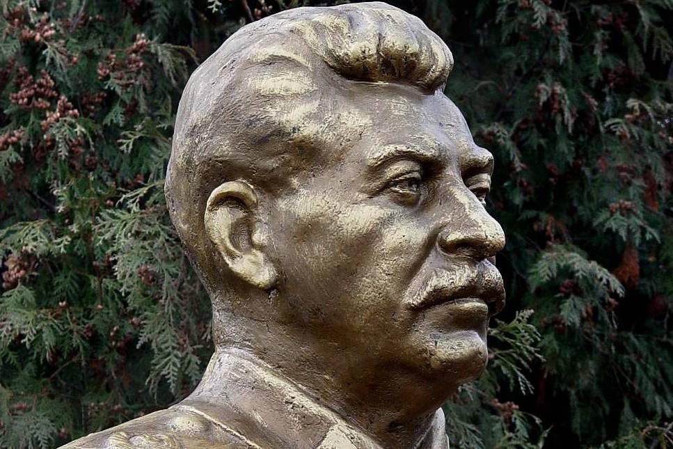 Staljinova bista (Foto: Vladimir Mukagov/TASS)