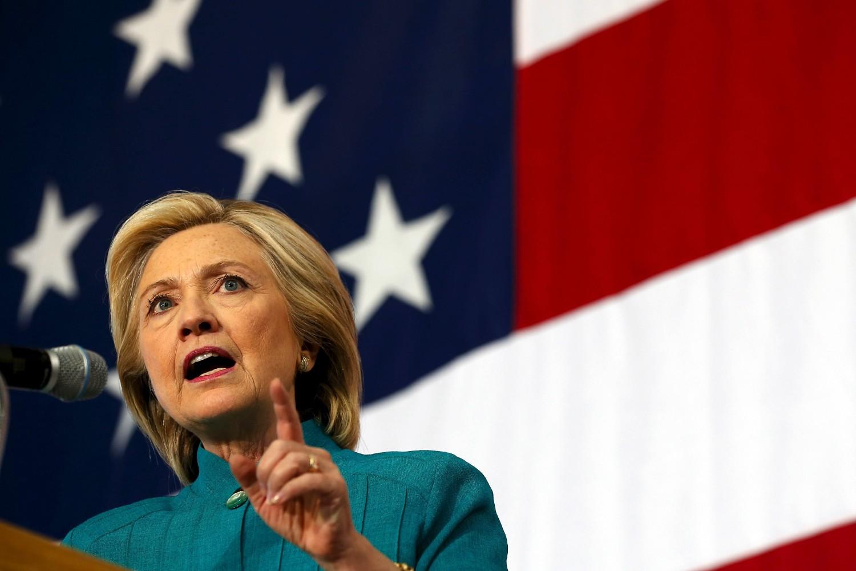 Demokratski predsednički kandidat Hilari Klinton tokom jednog mitinga u Demojnu (Ajova), 14. jun 2015. (Foto: Reuters/Jim Young)