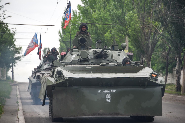 Konvoj oklopnih borbenih vozila ruskih pobunjenika u blizini Donjecka, 30. maj 2015. (Foto: Wikimedia/Mstyslav Chernov, CC BY-SA 4.0)
