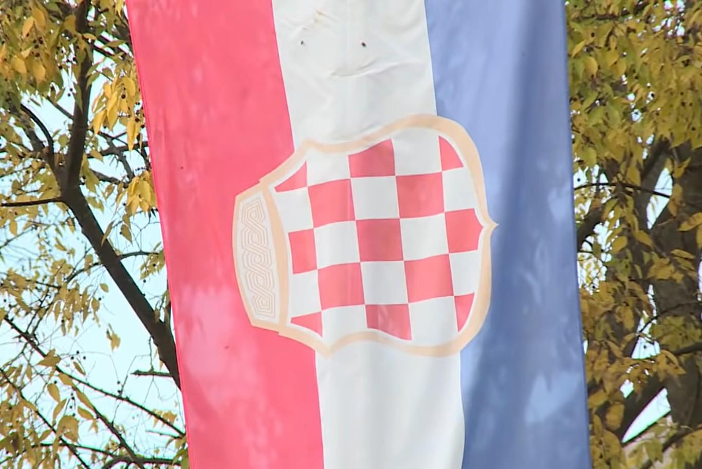 Zastava Herceg-Bosne (Foto: Snimak ekrana/Jutjub/Al Jazeera Balkans)