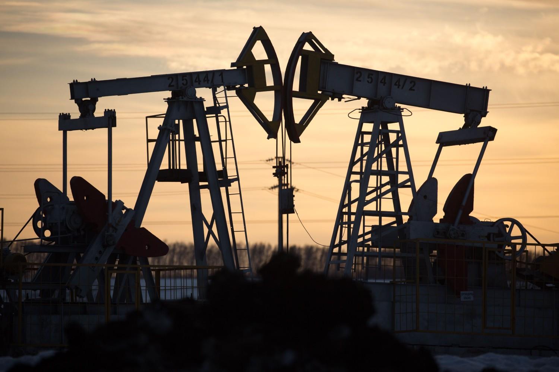 Pumpe za vađenje nafte na naftnom polju u blizini Aljmetjevska (Tatarstan), 11. mart 2020. (Foto: Andrey Rudakov/Bloomberg)