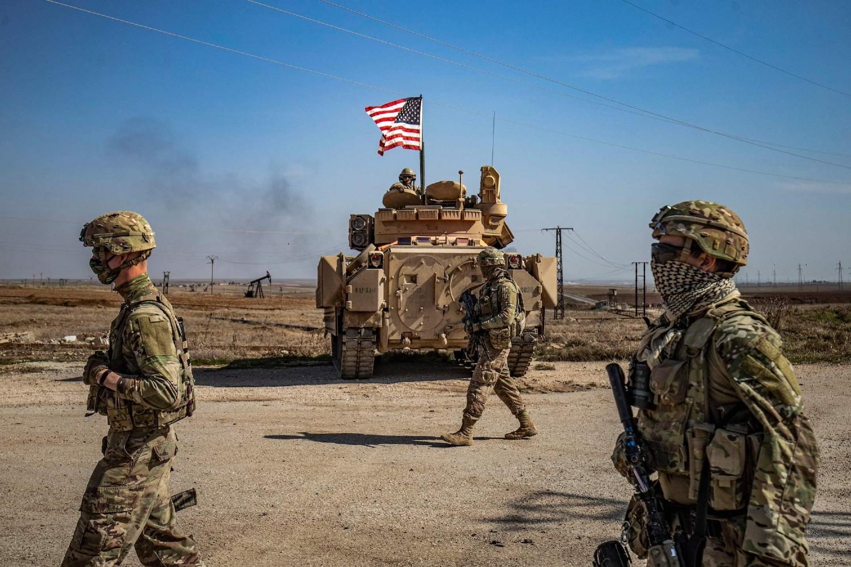 Američki vojnici tokom patroliranja u sirijskoj provinciji Hasaka, 13. februar 2021. (Foto: Delil Souleiman/AFP via Getty Images)