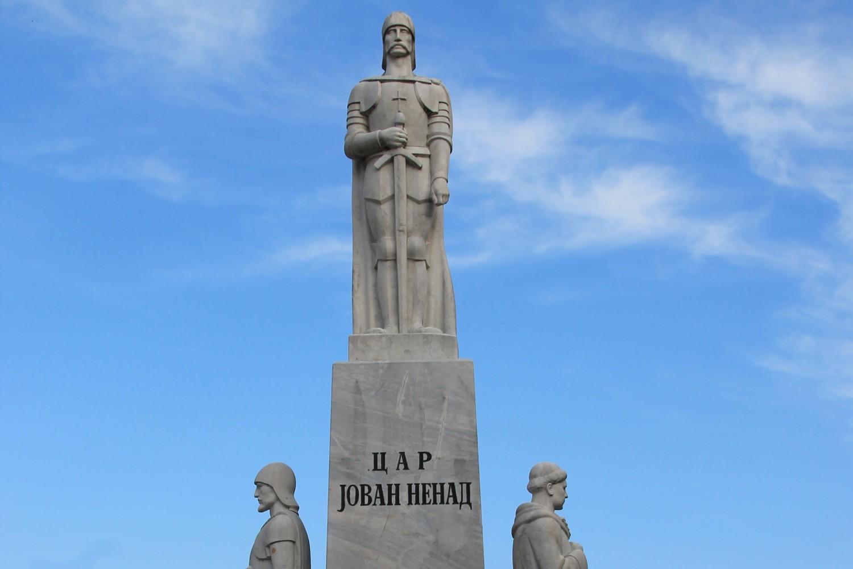 Spomenik caru Jovanu Nenadu u Subotici (Foto: Wikimedia/Vanilica, CC BY-SA 4.0)