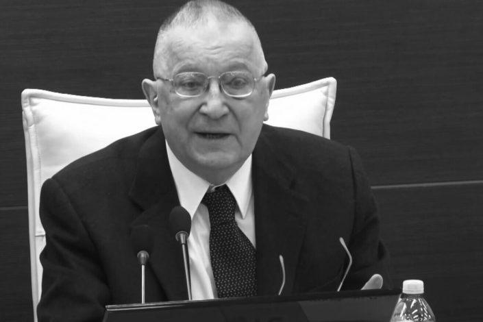 Preminuo profesor Ratko Marković