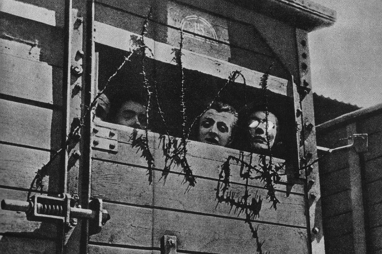 Jevreji u železničkom vagonu na putu ka logoru smrti u Drugom svetskom ratu (Foto: Wikimedia)